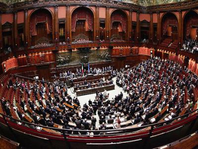 Corruzione tra privati (art. 2635 c.c.): approvata la delega per l'attuazione della decisione quadro 2003/568/GAI