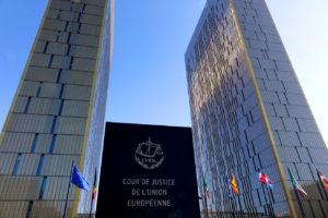 La sospensione dell'esecuzione del MAE ancora alla Corte di Giustizia: lo scrutinio dell'autorità giudiziaria quando a mancare è lo stato di diritto