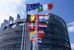Lotta contro le frodi e le falsificazioni di mezzi di pagamento diversi dai contanti: emanata la direttiva (UE) 2019/713