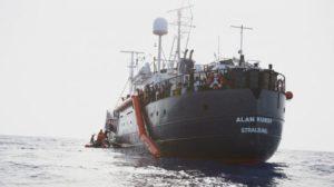 """Vicenda """"Alan Kurdi"""": l'archiviazione del Tribunale dei Ministri nei confronti dell'ex Ministro Salvini"""